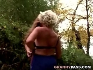 Granny Lesbian babes Love In The Forest