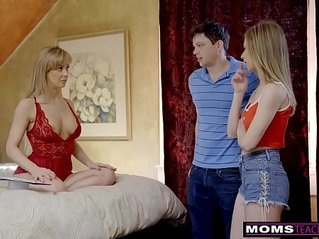 Momsteachsex busty milf gets hot mothers day threesome