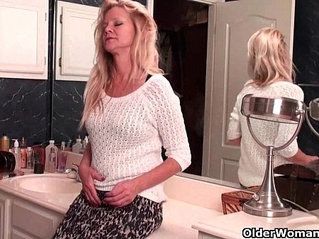 Moms new pantyhose gets her all hot and horny