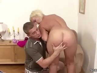 Young Boy Seduce Step Mom to Get First Fuck