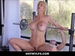 Blonde MILF With Big Tits Lets Nerdy Guy From Fuck Her During Workout