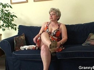 Hot guy bangs lonely 60 years old granny