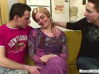 Elderly Blonde Pussy And Anal Fucked By Young Cocks