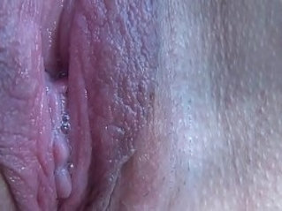 Close up pussy orgasm of mature amateur wife